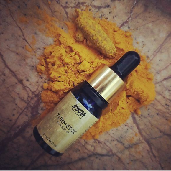 Nykaa Naturals Turmeric Essential Oil